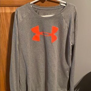 Girls YL under armour tee